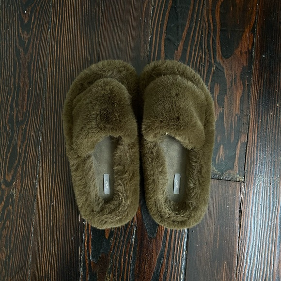aerie Shoes | American Eagle Slippers
